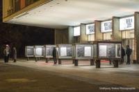 Foto im Querformat: Eröffnungsgala im Kino International 2015 in Berlin: Nach der Vorstellung